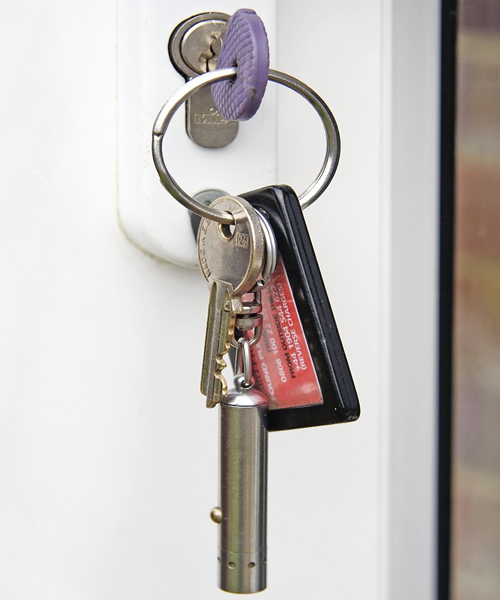 Locksmith in Abbots Langley responce